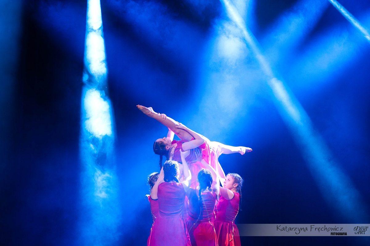 Reportaż fotograficzny z tanecznego koncertu w Bielskim Centrum Kultury